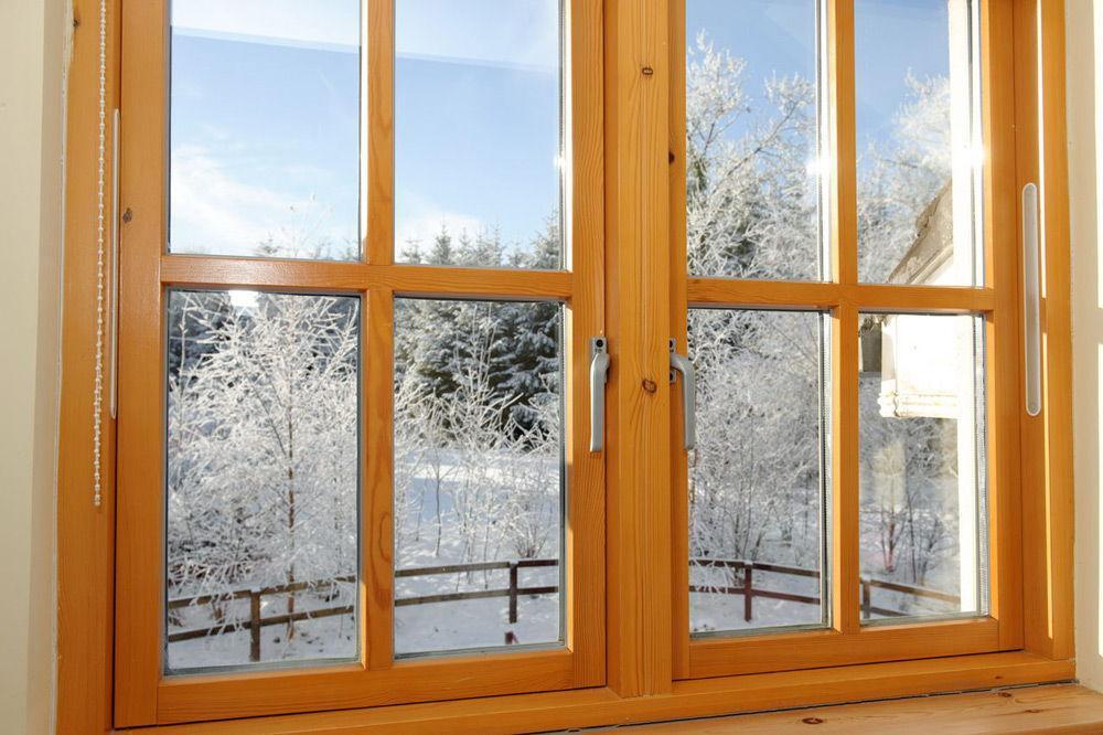 2499 Вибір матеріалу для дерев'яних вікон