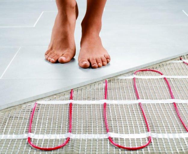 Як покласти теплу підлогу під плитку