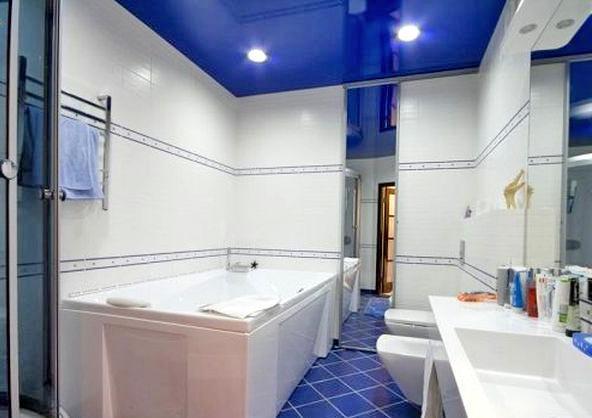 Натяжна стеля у ванній — як зробити своїми руками