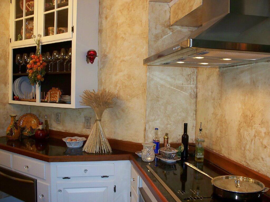 Декоративна штукатурка для стін кухні
