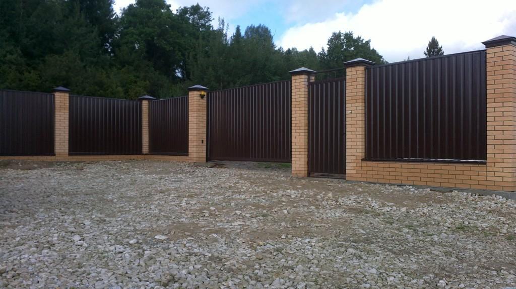 8276 Інструкція - Як побудувати паркан з профлиста