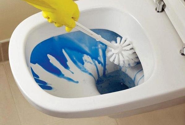 Як прочистити каналізаційні труби