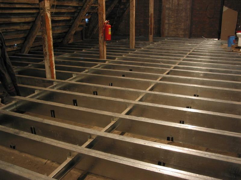 Особливості утеплення міжповерхових перекриттів в дерев'яному будинку