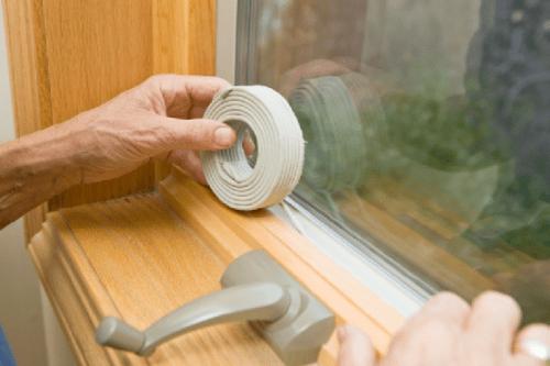 Утеплюємо дерев'яні вікна своїми силами