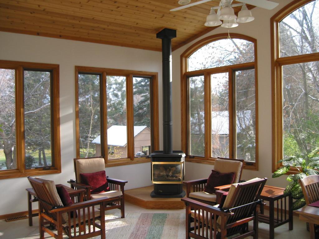 23198 Як зберегти красу дерев'яних вікон і утримати тепло в будинку