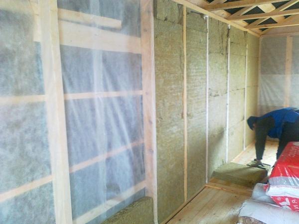 26398 Утеплюємо стіни дерев'яного будинку