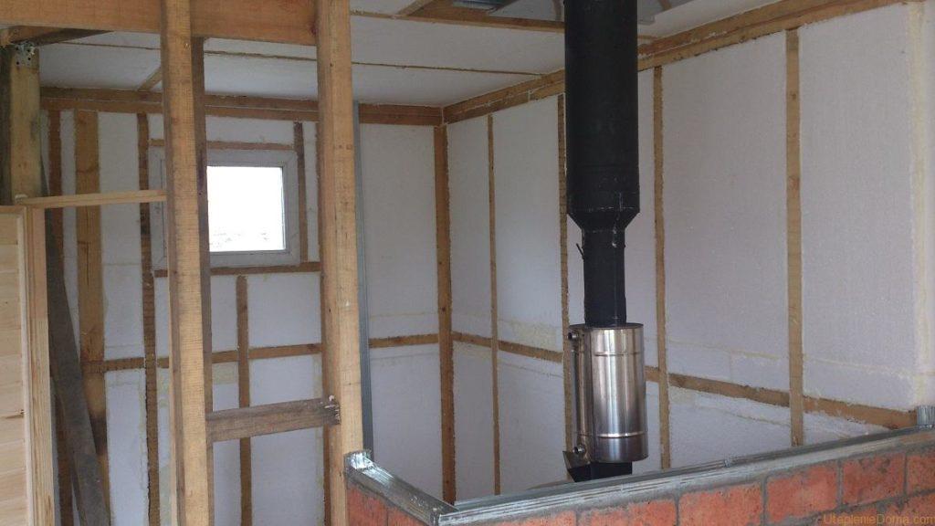 Утеплюємо каркасний будинок за допомогою пінопласту