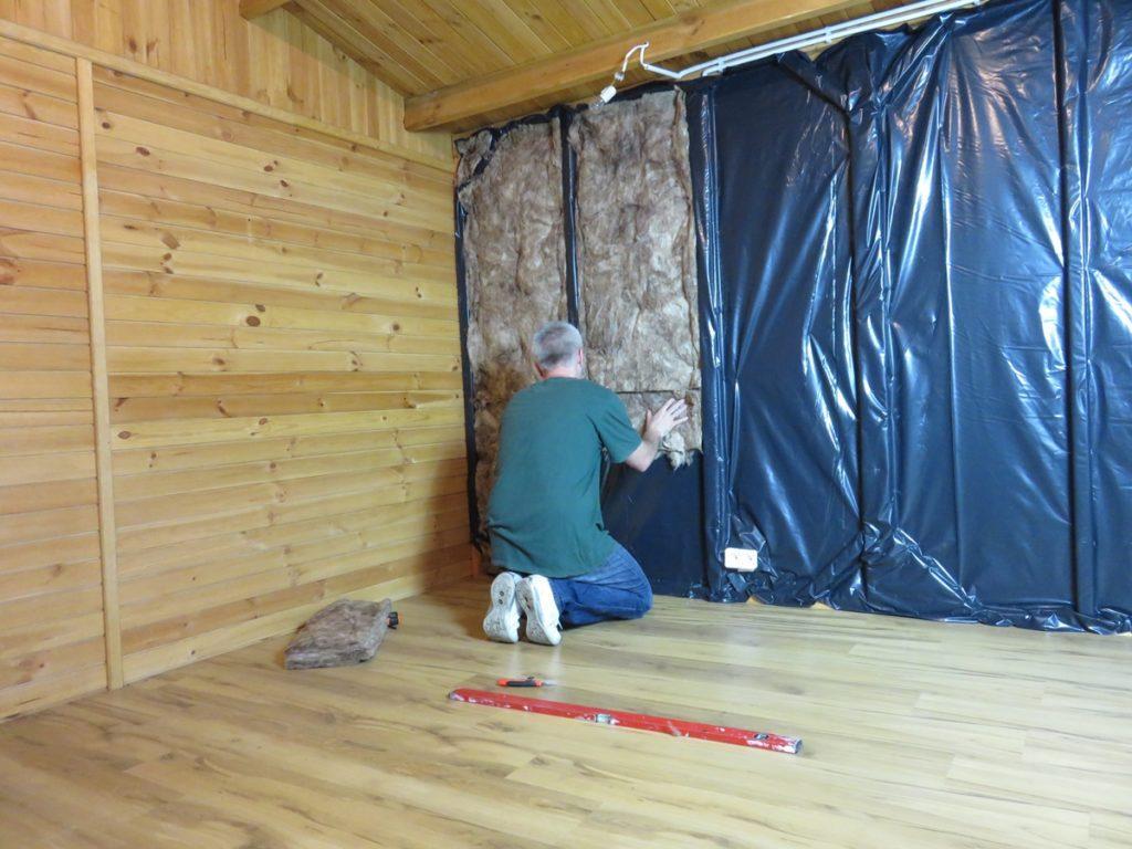 32907 Внутрішнє утеплення дерев'яного будинку