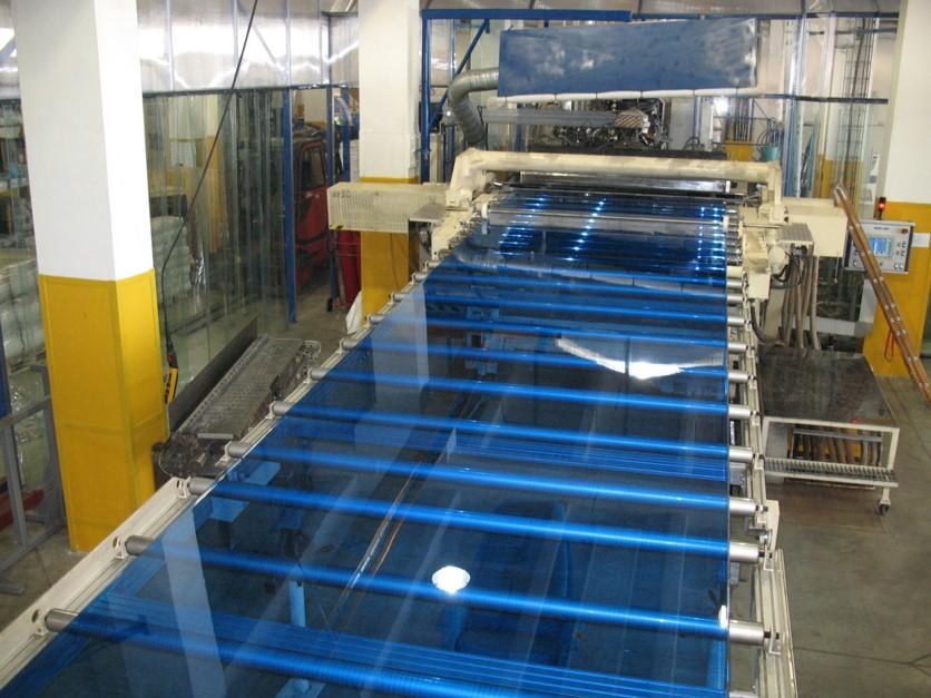 Устаткування для виробництва полікарбонату – виготовлення високоефективного матеріалу