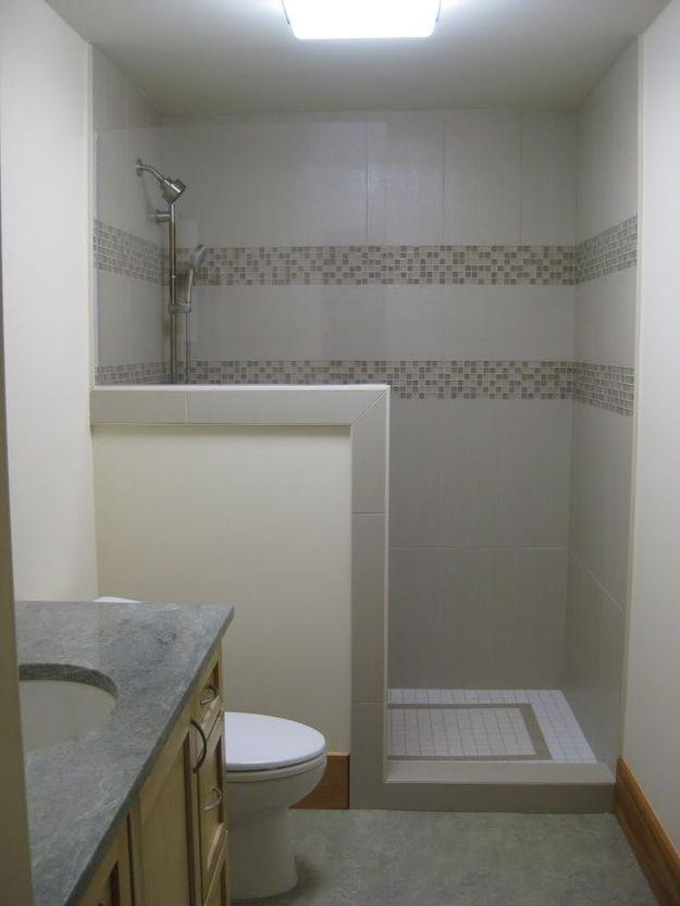 Фотография: Ванная в стиле Современный, Малогабаритная квартира, Квартира, Советы, Бежевый, Бирюзовый, Зонирование, как зонировать комнату, как зонировать однушку, как зонировать однокомнатную квартиру – фото на InMyRoom.ru