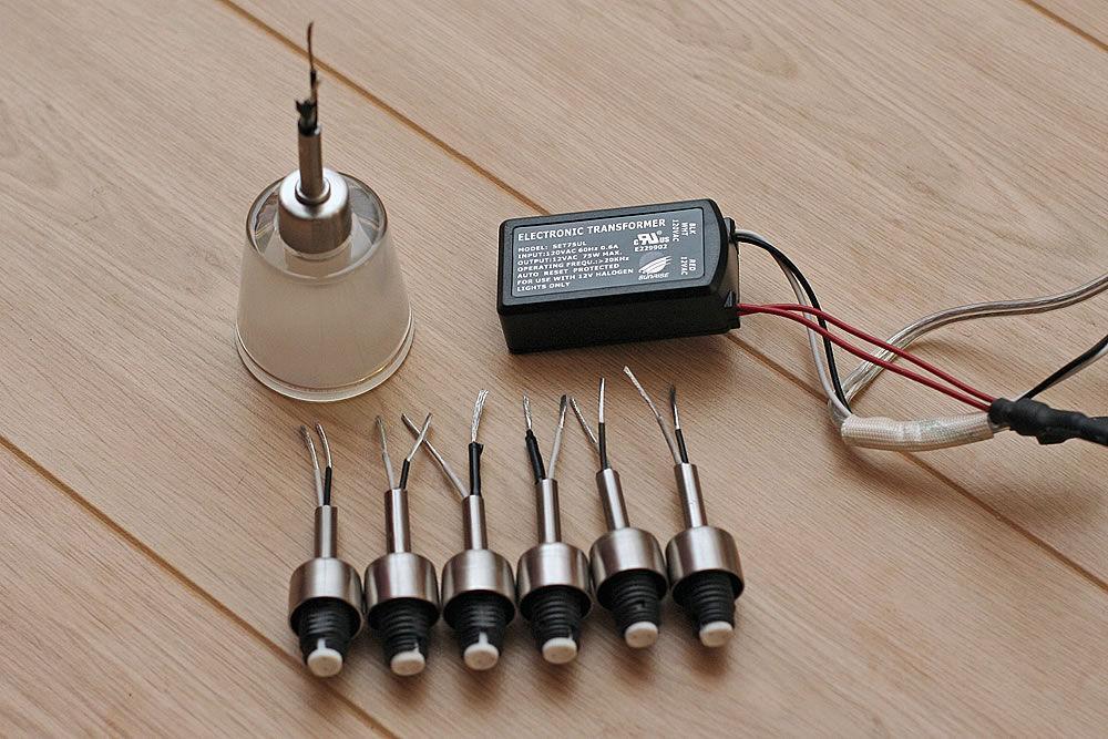 Как сделать подвесную люстру из простых светильников