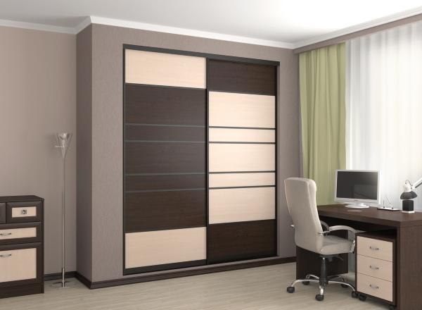 Встроенный шкаф купе в офисе