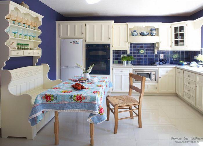 Цветовые решения для маленькой кухни