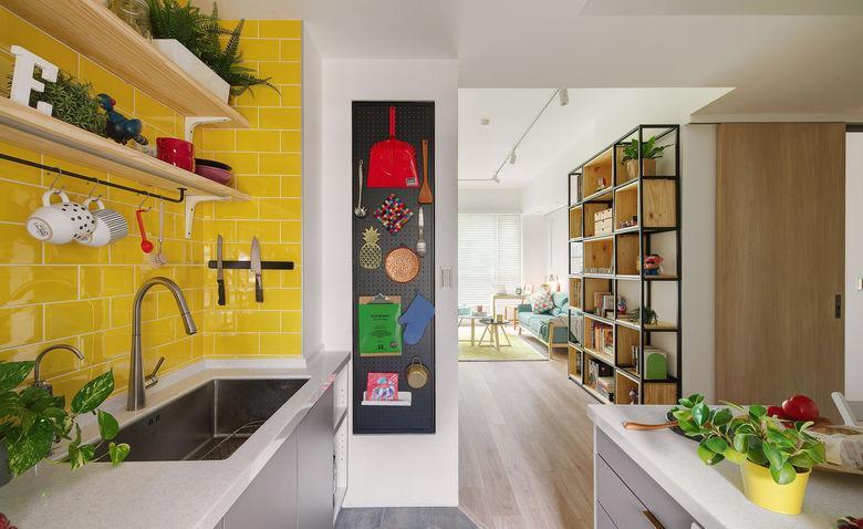 51289 Творческий интерьер дизайнерской квартиры